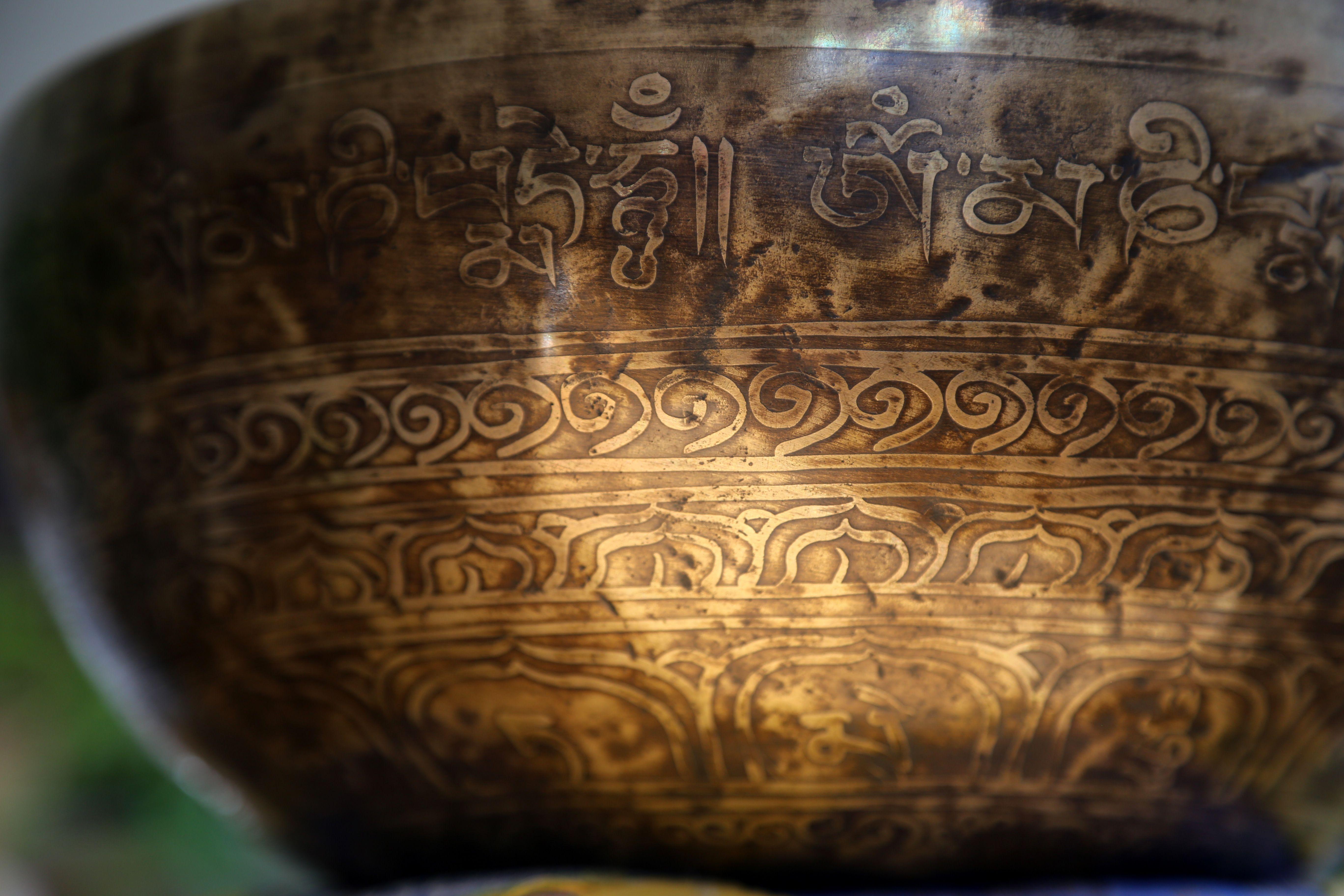 Le chef spirituel tibétain a rencontré vendredi lépouse du chef de.