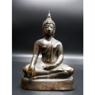 Statue bouddha thailandais : bouddha en bhupisparça mudra milieu XXème