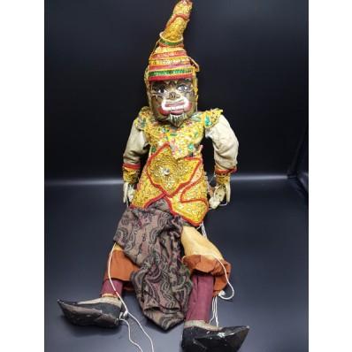 Nan Belu l'ogre des villes marionnette birmane