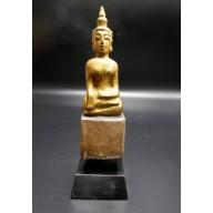 Statue bouddha d'offrandes laotien en Bhûmishparsha-mudrâ XXème