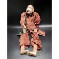 U Swe Yoe le viel homme marionnette birmane XXème