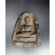 Amulette thailandaise en bhumisparça mudra