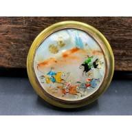 Boîte orientale miniature sur nacre XXème