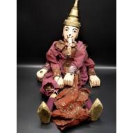 Hsin l'éléphant marionnette birmane
