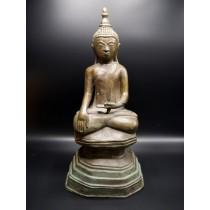 Grande statue bouddha birman Bhûmishparsha mudrâ début XXème