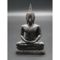 Statue bouddha thailandais en méditation